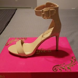 🆕️Candies Cadeville Heels